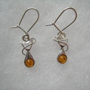 Boucle d'oreilles mini  chat - bijou ambre et argent