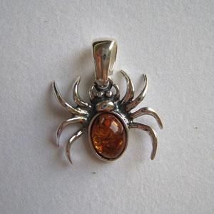 Pendentif araignée - bijou ambre et argent
