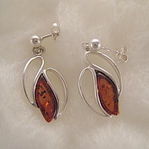 Boucles d'oreilles perles d'ambre cernée - bijou ambre et argent