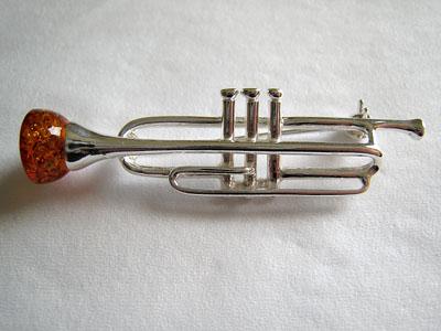Broche trompette - bijou ambre et argent