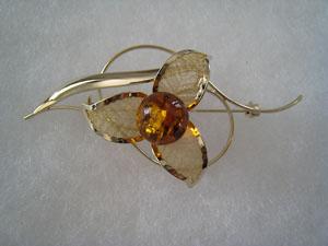 Broche plaqué or - bijou ambre et argent