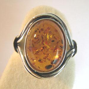 B6   Bague cabochon - bijou ambre et argent