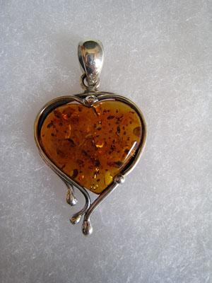 Pendentif coeur original - bijou ambre et argent