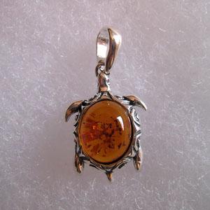 Pendentif mini tortue pendentifs bijou ambre et argent - Nettoyer chaine en argent ...