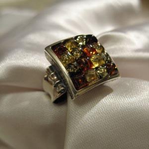 Bague carrée - bijou ambre et argent