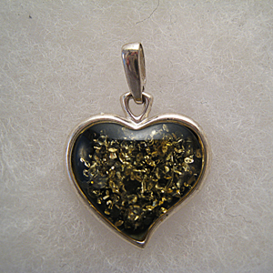 Pendentif coeur vert - bijou ambre et argent