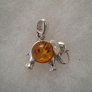 Pendentif petit l phant pendentifs bijou ambre et argent - Nettoyer chaine en argent ...