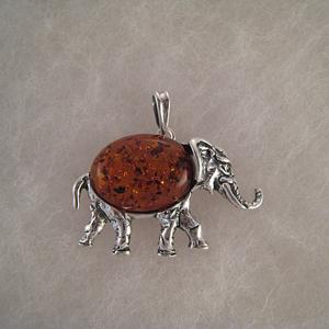 Pendentif éléphant corps ambre  - bijou ambre et argent