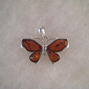 Pendentif papillon moderne - bijou ambre et argent