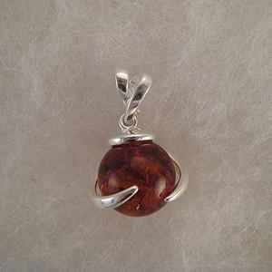Pendentif petite boule enroulé  - bijou ambre et argent