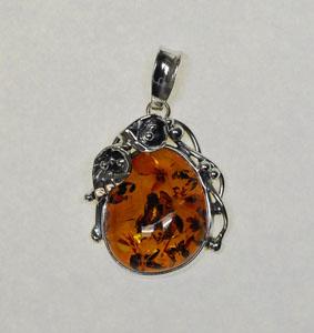 Pendentif  unique style ancien fleur - bijou ambre et argent