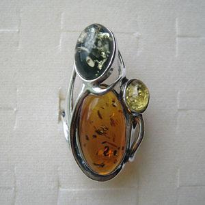 B32   Bague reglable mode - bijou ambre et argent